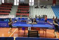 HAKEM HEYETİ - Tokat'ta Masa Tenisi En İyi 12'Ler Şampiyonası Başladı