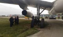 YOLCU UÇAĞI - Uçak, Toprak Zemine Saplandı