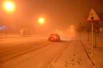 ESKİŞEHİR - Eskişehir'de kar nedeniyle yolları kapadı!