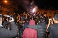TÜRK TELEKOM - Fenerbahçeli Taraftarlardan Coşkulu Kutlama
