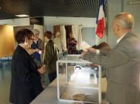 JANDARMA - Fransa'da 47 Milyon Kişi Sandık Başında