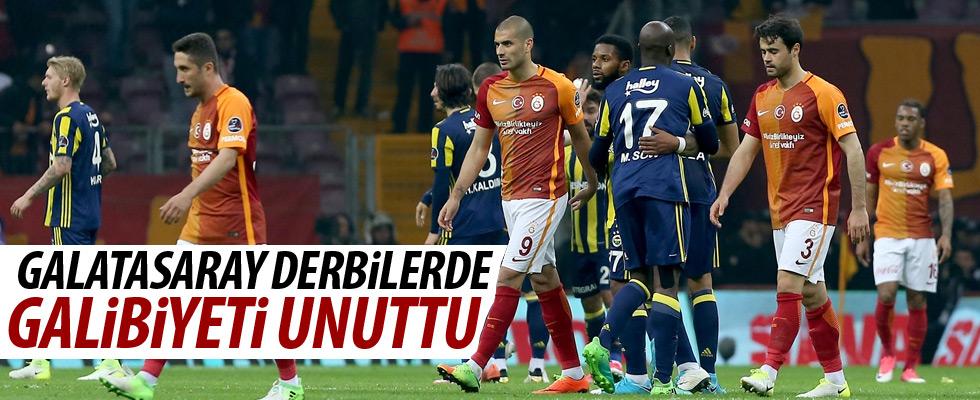 Galatasaray derbi galibiyetini unuttu