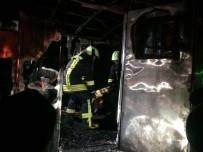 PAMUKKALE ÜNIVERSITESI - İşçilerin Kaldığı Konteynırda Yangın Açıklaması 1 Ölü, 2 Yaralı