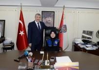 İSTANBUL EMNIYET MÜDÜRÜ - İstanbul Emniyet Müdürü Çalışkan Koltuğunu Şehit Çocuğuna Devretti