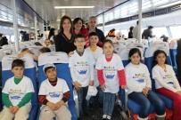 İSTANBUL DENIZ OTOBÜSLERI - İstanbullu Çocuklar Çifte Bayram Yaşadı