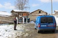 DUMLUPıNAR ÜNIVERSITESI - Kütahya'da komşu kavgası: 1 ölü, 6 yaralı