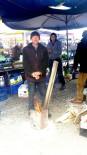 PAZARCI ESNAFI - Nisan Ayında Pazarcılar Ateşle Isındı