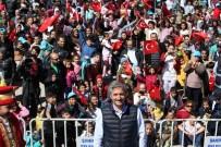 MEHMET TAHMAZOĞLU - Şahinbey Belediyesi Uçurtmalarıyla Gökyüzünü Renklendirdi