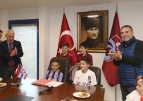 TRABZONSPOR BAŞKANı - Trabzonspor'da 23 Nisan Etkinliği Yapıldı
