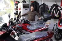 BİSİKLET YOLU - Eğitimini Almadan Motosiklete Binmek İntihar Girişimidir