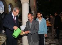 Haliliye Belediyesinden Vatandaşlara Sabah Namazında Tirit İkramı