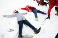 KAYAK MERKEZİ - İlk Kez Kar Gördüler