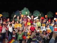 ÇOCUK OYUNU - 'Kırmızı Başlıklı Kız' oyunu Mersin'de sahnelendi