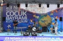 KÜÇÜKÇEKMECE BELEDİYESİ - Küçükçekmeceli Çocuklar, Pingani Şarkılarıyla Bayram Yaptı