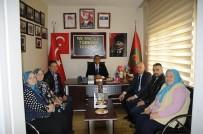 MÜDÜR YARDIMCISI - Mumcu'dan Türkiye Harp Malulü Gaziler Şehit Dul Ve Yetimleri Derneği Ziyareti