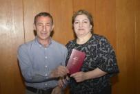 KEMAL ÖZTÜRK - Rus Gazeteci, Türk İnşaatçı İle Hayatını Birleştirdi