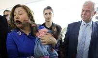 Şempanze Can, Belediye Başkanı Şahin'e Zor Anlar Yaşattı