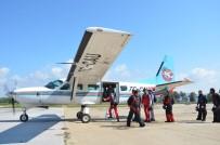 YıLDıZLı - Türk Hava Kurumu Amatör Paraşütçüleri Efes'te Buluşturdu
