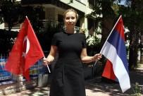 VATANDAŞLıK - Türkiye'nin 90 Günlük Vize Müjdesi Rusları Sevindirdi