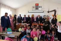 MEHMET NURİ ÇETİN - Üniversite Öğrencilerden Köy Okuluna Destek