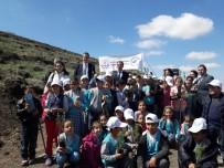 MEHMET ERDEM - Acıgöl'de Öğrenciler Fidan Dikti