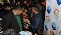 MIRAÇ KANDILI - Ağrı'da Miraç Kandili Nedeni İle Süt Dağıtımı Yapıldı