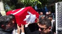 İBRAHIM ERDOĞAN - Amcasının Oğlu Hakkari'de Şehit Olan Polis, Trafik Kazasında Hayatını Kaybetti