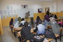 BINGÖL MERKEZ - Bingöl'de Fedakar Öğretmenler Öğrencileri TEOG'a Hazırladı