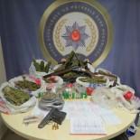 SENTETIK - Bursa'da Uyuşturucu Operasyonunda 10 Kişi Tutuklandı