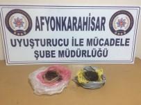 Polis Operasyonunda 1 Kilo 50 Gram Afyon Sakızı Ele Geçirdi, 3 Kişi Yakalandı