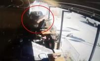 GÜVENLİK KAMERASI - Samsun'daki feci kaza kamerada