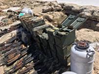 KALAŞNIKOF - Şırnak'ta Çok Sayıda Silah Ve Mühimmat Ele Geçirildi