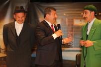 ŞÜKRÜ KARABACAK - Teyo Pevlivan Darıca'da Sahne Aldı
