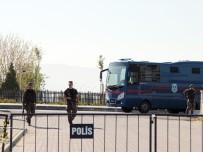 FİRARİ SANIK - Cumhurbaşkanına Suikast Girişimi Davasında FETÖ İtirafçıları Dinlenecek
