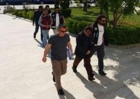 Milas'ta 30 Göçmen, 3 Organizatör Yakalandı