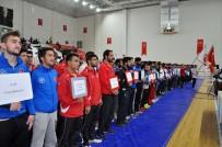 SİVAS VALİSİ - Milli Güreşçi Adına Spor Salonu Açıldı