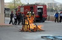Öğrencilerin Yangın Tatbikatı Gerçeğini Aratmadı