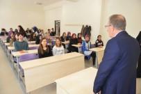 MİMAR SİNAN - Rektör Uzun Öğrenci Ve Akademisyenlerle Bir Araya Geldi