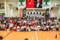 GAZIANTEP ÜNIVERSITESI - Şehitkamil'de Dereceye Giren 102 Sporcu Ödüllendirildi