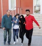 GÜVENLİK KAMERASI - Tişört Çalan İki Genç Kız Tutuklandı
