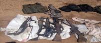 KALAŞNIKOF - TSK Açıklaması 'Duvar İnşaatı Sırasında Toprağa Gömülü 2 Çuval İçerisinde Silah Ve Mühimmat Ele Geçirildi'