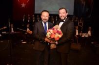 SANAT MÜZİĞİ - Türk Halk Müziği Korosu İzmitlilerle Buluştu