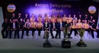 NAZ AYDEMIR - Vakıfbank Basının Karşısına Kupasıyla Çıktı