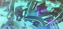 OTOBÜS ŞOFÖRÜ - Yol ücreti için otobüs şoförünü bıçakladılar