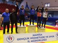 YUNUSEMRE - Yunusemreli Güreşçiler Antalya Yolcusu
