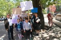 Devrekli Öğrencilerden Sahipsiz Sokak Hayvanları İçin Anlamlı Yürüyüş