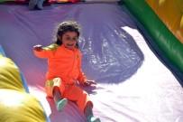 MURTAZA DAYANÇ - Eruhlu Çocuklar İlk Kez Kaydırağa Bindi
