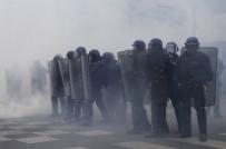 CUMHURBAŞKANLIĞI - Fransa'da gösteriler sürüyor