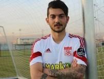TOLUNAY KAFKAS - Genç futbolcudan Karavayev isyanı