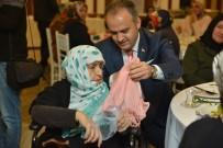 ALI AKÇA - İnegöl Belediye Başkanı Alinur Aktaş Annesinin Cenazesini Kendisi Kıldırdı